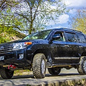 Toyota Land Cruiser 200 MT33